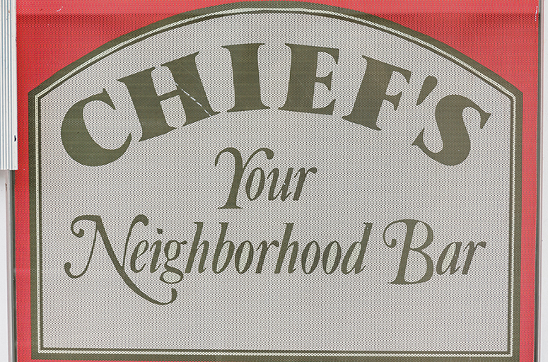 Chiefs_Door_Sihgnage_20200624-135832_1.jpg